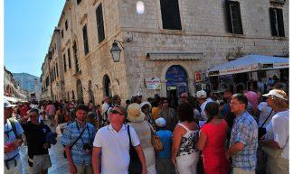 Massive Tourism in Dubrovnik. 20120820 - Alberto _fr
