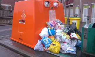 15-03-2010: plastic inzamelen een groot succes? - wytze