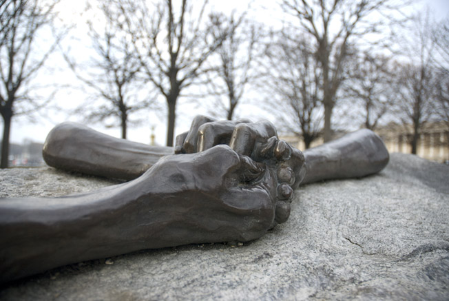 cc Flickr Matt Smith photostream Louise Bourgeois work Paris hands