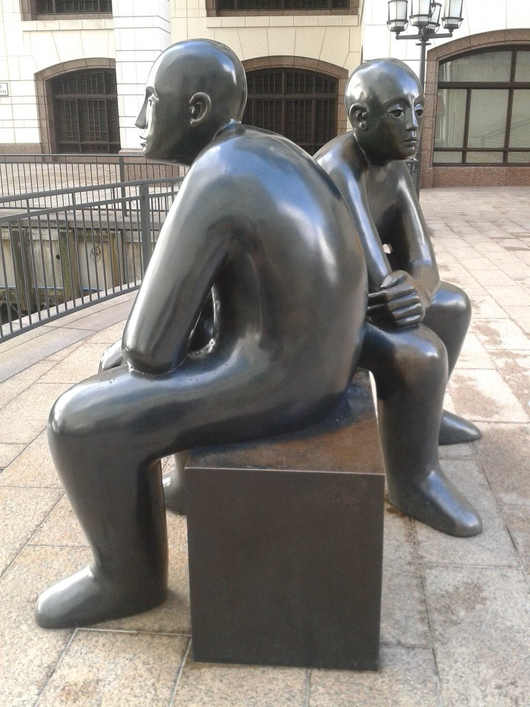 cc Flickr Dunk photstream Two bronze men on a bench, canary wharf, london