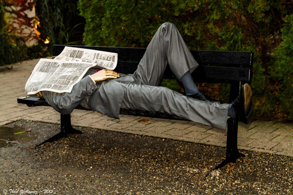 cc Flickr Thad Zajdowicz photostream Snoozin Seward Johnson sculpture of a man asleep on a bench