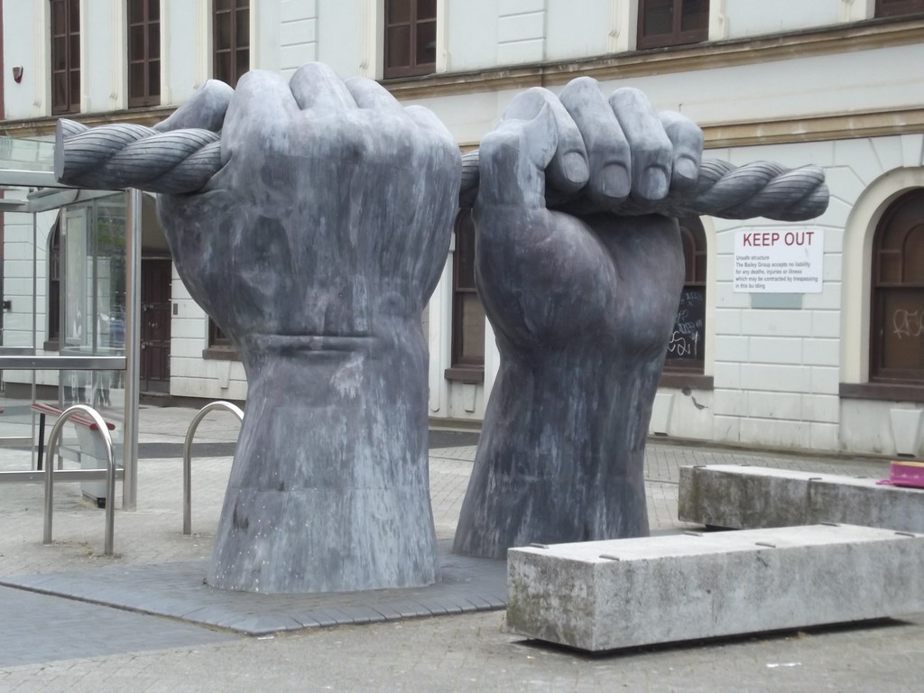cc Flickr Elliott Brown photostream Custom House Street, Cardiff - hands sculpture - All Hands