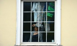 Woman at a window - Snapshooter46