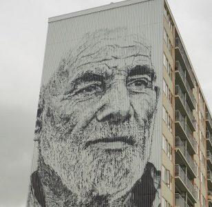 Mural Weidezicht Goes, oude man Herman Beikirch. Foto Krina van der Drift
