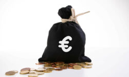 Money bag with euro symbol - Marco Verch Professional Photographer and Speaker