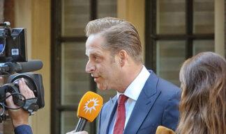 Minister Hugo de Jonge - Gerard Stolk