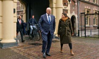 Minister Grapperhaus aan de wandel - Roel Wijnants