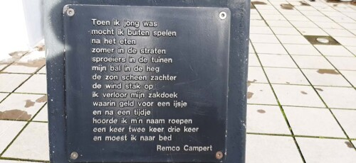 poëzierondje in Doetinchem Zakdoekje gedicht © Remco_Campert © foto Wilma_Lankhorst