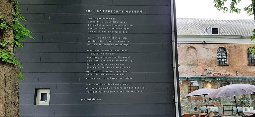 Museumtuin Dordrecht gedicht Jan Eijkelboom © foto Wilma Lankhorst