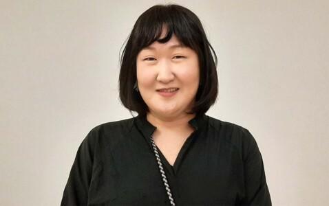 Chae_Eun_Rhee portret in de Fundatie 4 sept (2021) © Wilma Lankhorst