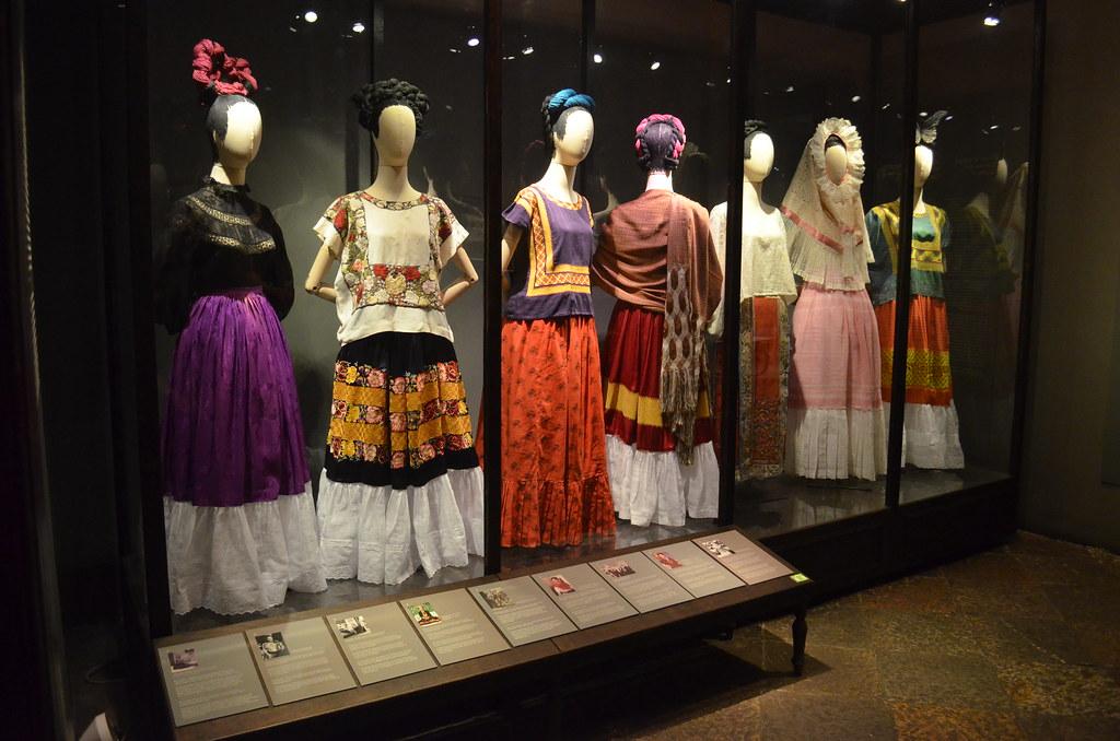 Flickr ::: Mer ::: Museo Frida Kahlo CC BY-NC-ND 2.0 Parafernalia